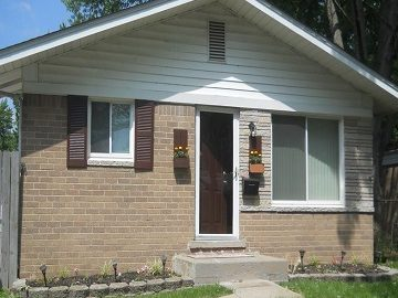 We buy houses in any condition in Macomb County